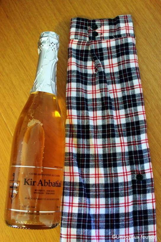 UJF_bouteille de vin-2ret