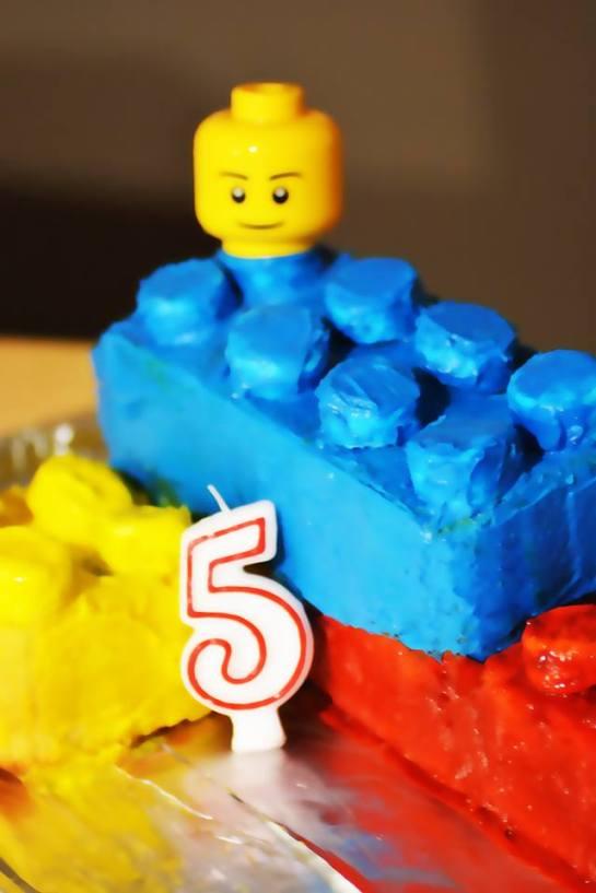 gâteau-lego-ujf